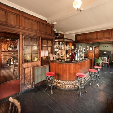 Are these England's most beautiful pubs?