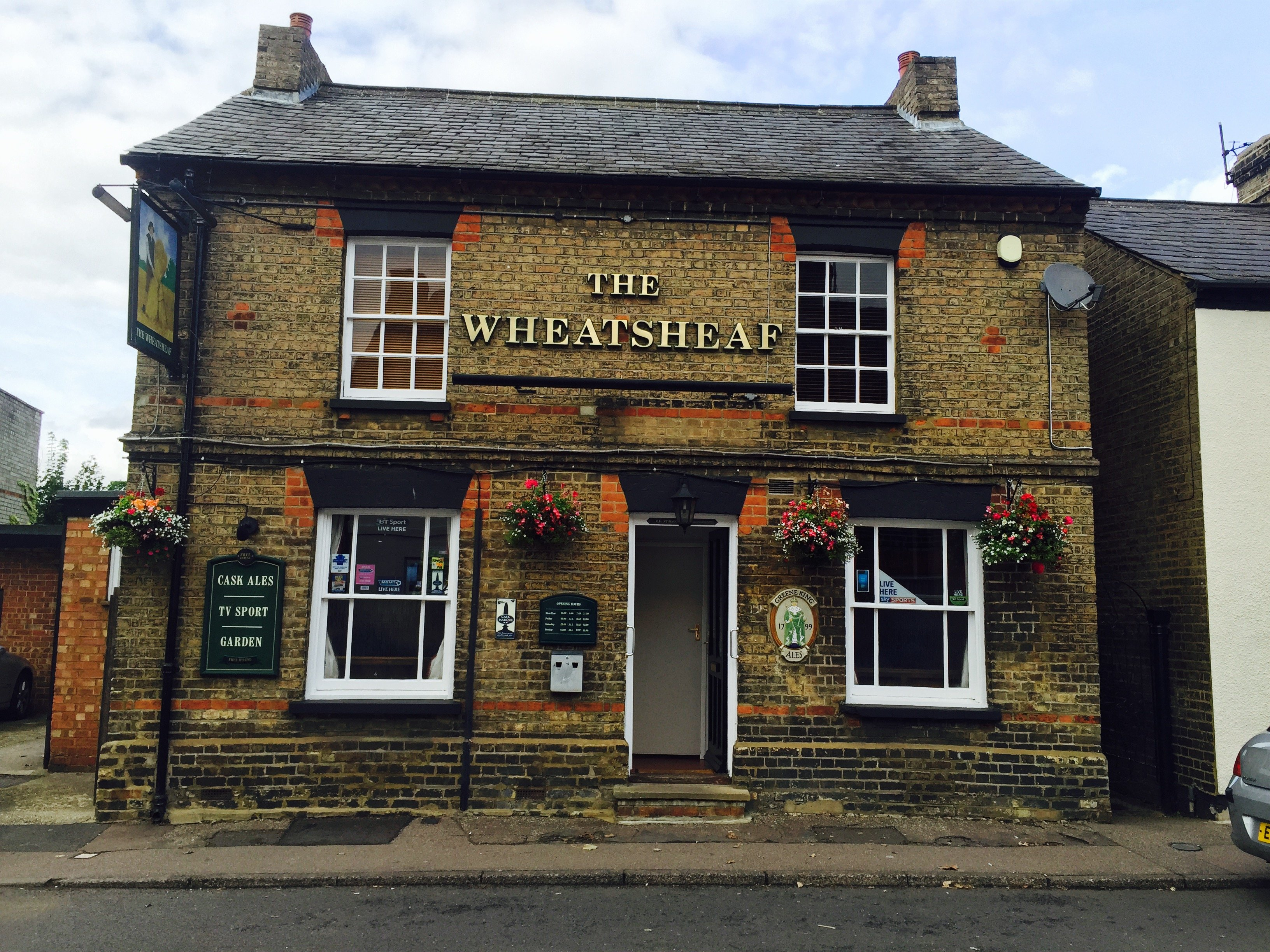 2 1 - The Wheatsheaf pub biggleswade, review
