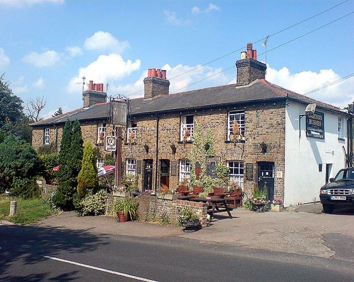 Garnon Bushes Coopersale Epping Essex Pub Review 690x550 - Garnon Bushes, Coopersale, Epping, Essex - Pub Review
