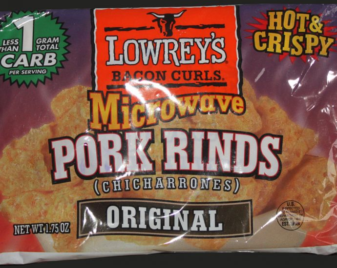 Lowreys Bacon Curls Microwave Pork Rinds Review 690x550 - Lowrey's Bacon Curls, Microwave Pork Rinds Review