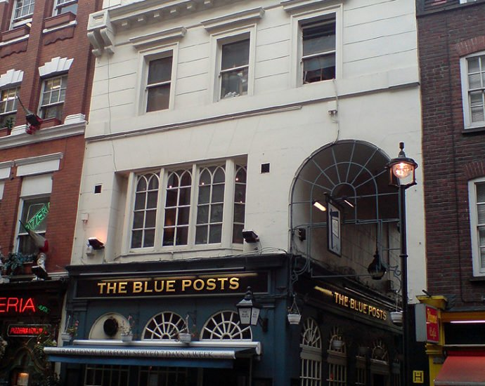 The Blue Posts Piccadilly London Pub Review 690x550 - The Blue Posts, Piccadilly, London - Pub Review