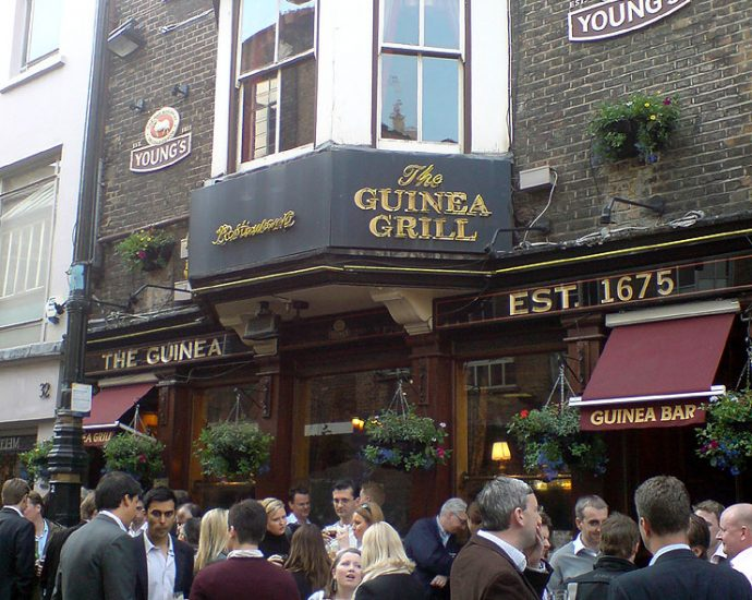The Guinea Grill Mayfair London Pub Review 690x550 - The Guinea Grill, Mayfair, London - Pub Review
