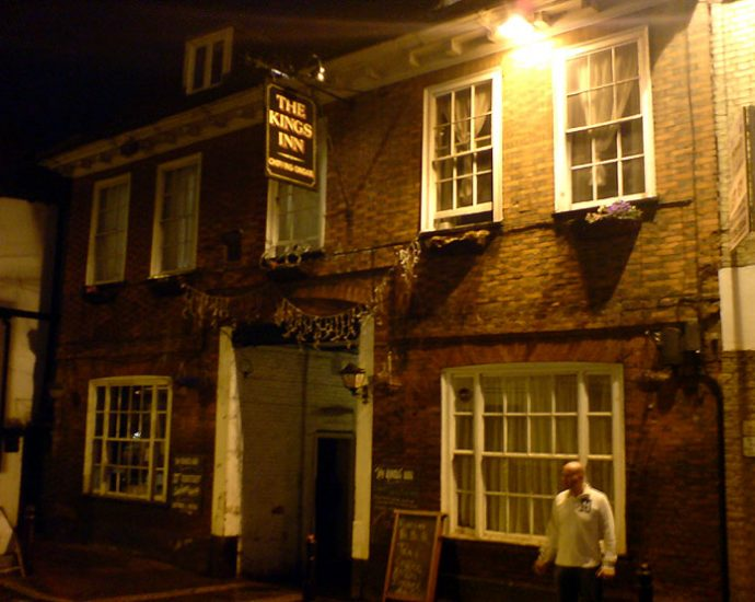 The Kings Inn Ongar Essex Pub Review 690x550 - The Kings Inn, Ongar, Essex - Pub Review
