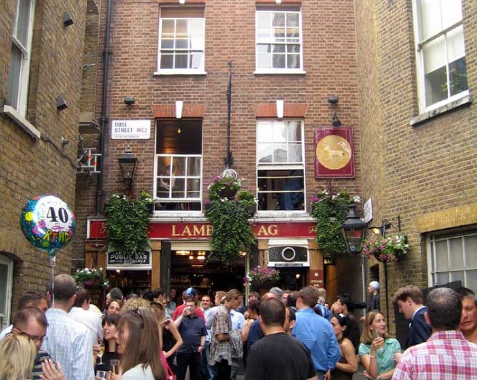 The Lamb and Flag Covent Garden London Pub Review 690x550 - The Lamb and Flag, Covent Garden, London - Pub Review
