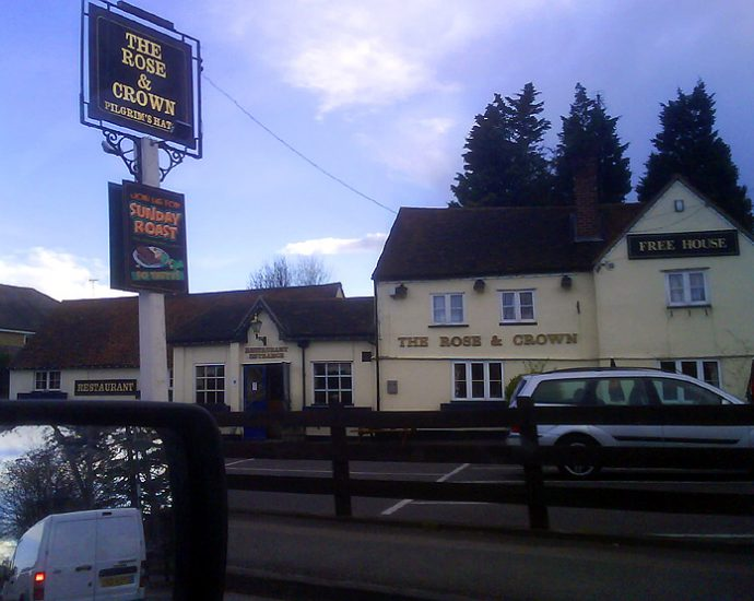 The Rose and Crown Pilgrims Hatch Brentwood Essex Pub Review 690x550 - The Rose and Crown, Pilgrims Hatch, Brentwood, Essex - Pub Review