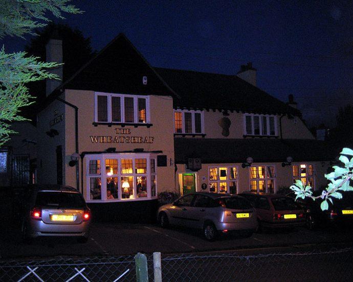The Wheatsheaf Loughton Essex Pub Review 690x550 - The Wheatsheaf, Loughton, Essex - Pub Review
