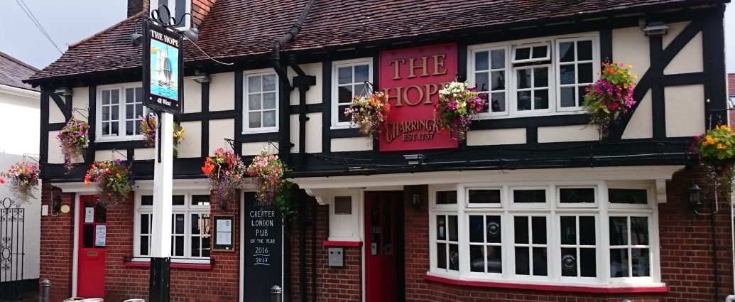 NINTCHDBPICT000515367376 1035x425 - Best pubs in Britain for 2019 revealed in annual competition to find UK's top boozer