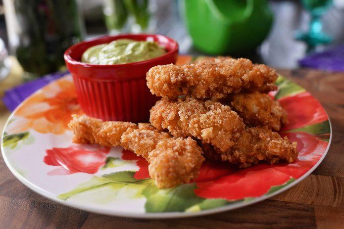 PorkRindChickenStrips2 695x463 - Pork Rind/Crunch Chicken Strips Recipe!